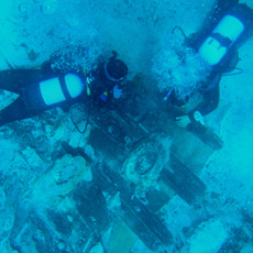A shipwreck discovered in the port of Sanitja