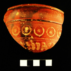 Photographs of archaeological pieces for laboratory documentation